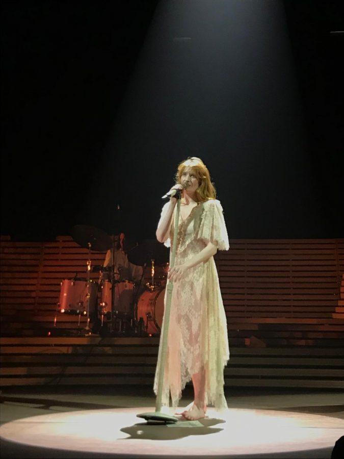 %E2%80%9CHold+On+to+Each+Other%E2%80%9D%3A+The+Power+of+Florence+Welch+in+a+Time+of+Turmoil